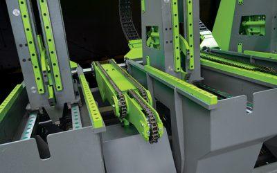 Obračalne naprave s tremi verigami